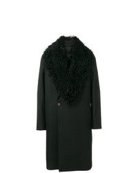 Abrigo con cuello de piel negro de Emporio Armani