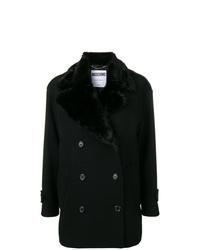 Abrigo con cuello de piel negro de Moschino