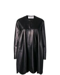 Abrigo de cuero negro de Valentino