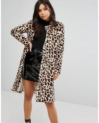Abrigo de piel de leopardo en beige de PrettyLittleThing