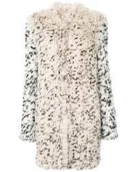 Abrigo de piel de leopardo en beige de Ulla Johnson