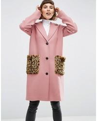 Abrigo de piel de leopardo rosado de Asos