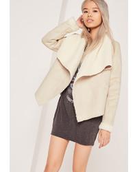 Abrigo de piel de oveja blanco