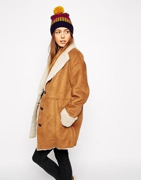Abrigo de piel de oveja marrón claro de Asos