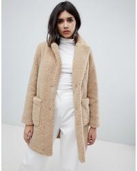 Abrigo de piel en beige de New Look