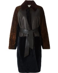Abrigo de piel en marrón oscuro de Lanvin