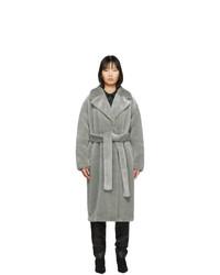 Abrigo de piel gris de Tibi