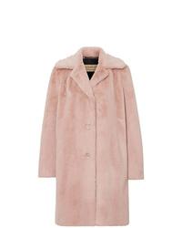 Abrigo de piel rosado de Burberry