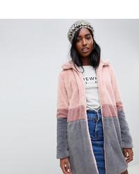 Abrigo de piel rosado de Glamorous Tall