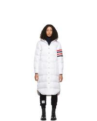 Abrigo de plumón blanco de Thom Browne