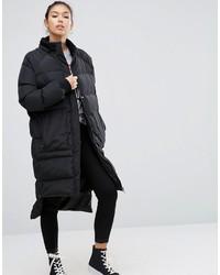 Abrigo de plumón negro de Asos