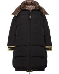 Abrigo de plumón negro de Fendi