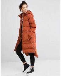 Abrigo de plumón rojo de Asos