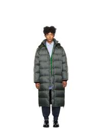 Abrigo de plumón verde oscuro de Gucci