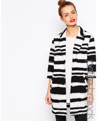 Abrigo de rayas horizontales en blanco y negro de Girls On Film