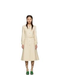 Abrigo en beige de Gucci