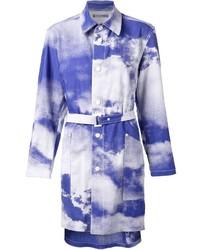 Abrigo Estampado Blanco y Azul de Issey Miyake