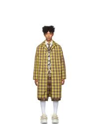 Abrigo largo a cuadros amarillo de Gucci