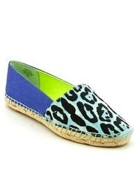 Alpargatas de leopardo azules