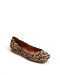 Bailarinas de ante de leopardo marrónes
