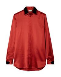 Blusa de botones de satén roja de Saint Laurent