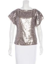 11d6d9b468 Cómo combinar una blusa de lentejuelas plateada (2 looks de moda ...