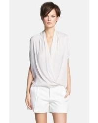 Blusa de manga corta de seda blanca