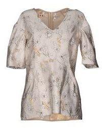 Blusa de manga corta de seda con print de flores en beige