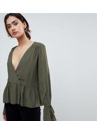Blusa de manga larga verde oliva de Asos Tall