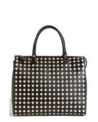 Bolsa tote de cuero con estampado geométrico en negro y blanco