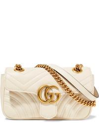 Bolso bandolera de cuero acolchado en beige de Gucci