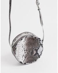Bolso bandolera de cuero con print de serpiente gris de Pieces