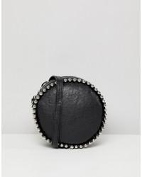 Bolso bandolera de cuero con tachuelas negro de Missguided