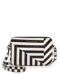 Bolso bandolera de cuero de rayas horizontales en negro y blanco