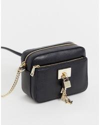 Bolso bandolera de cuero negro de DKNY