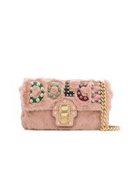 Bolso bandolera de pelo rosado de Dolce & Gabbana