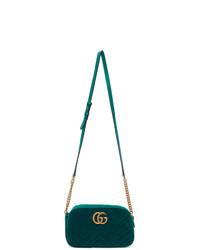 Bolso bandolera de terciopelo verde de Gucci