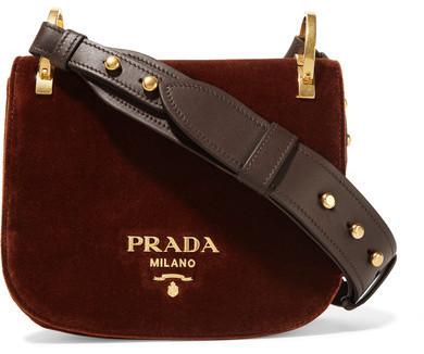 muy baratas último clasificado fuerte embalaje €1.603, Bolso bandolera en marrón oscuro de Prada