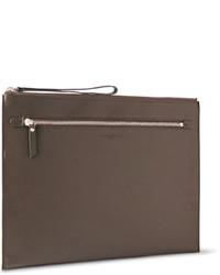 Bolso con cremallera de cuero en marrón oscuro de Maison Margiela