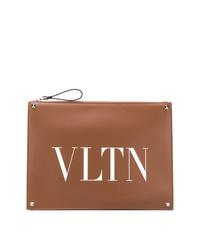 Bolso con cremallera de cuero estampado marrón de Valentino