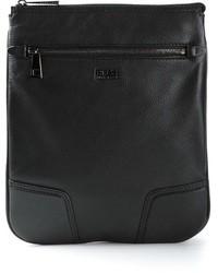 Bolso con cremallera de cuero negro de Hugo Boss