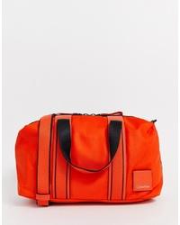 Bolso deportivo naranja de Calvin Klein