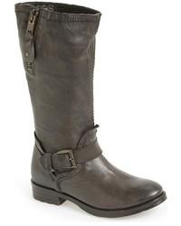 Botas a media pierna de cuero en gris oscuro