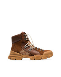 Botas de trabajo de cuero en marrón oscuro de Gucci
