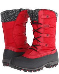 Botas para la nieve rojas