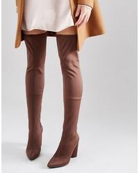Botas sobre la rodilla marrónes de Missguided