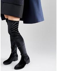 Botas sobre la rodilla negras de Glamorous