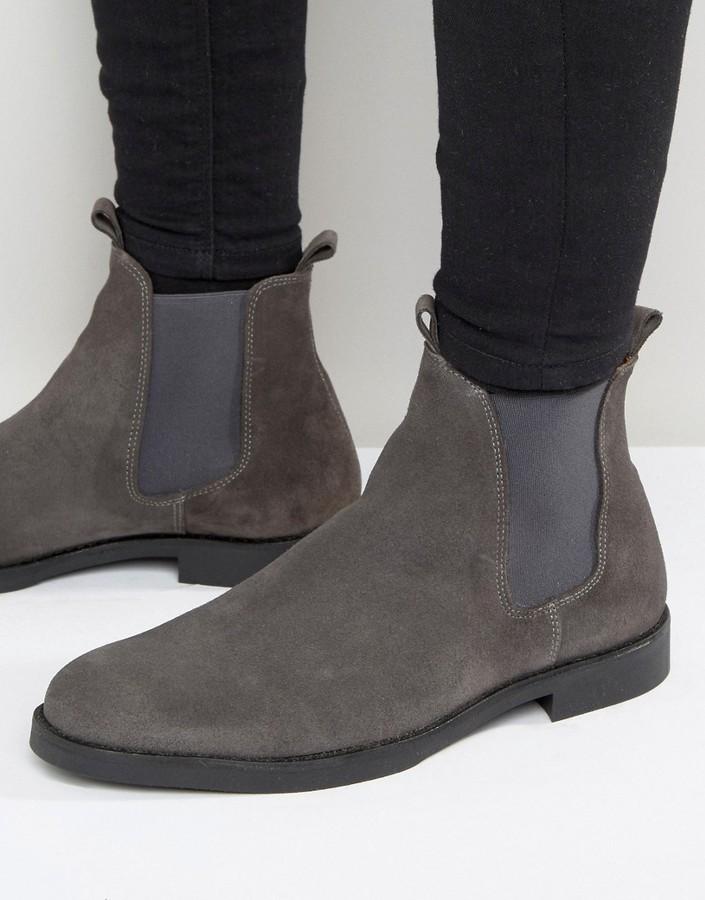 d126ac4de ... Botines chelsea de ante en gris oscuro de Zign Shoes ...