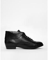 Botines con Cordones de Cuero Negros de Aldo