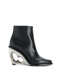 Botines con cuña de cuero negros de Alexander McQueen